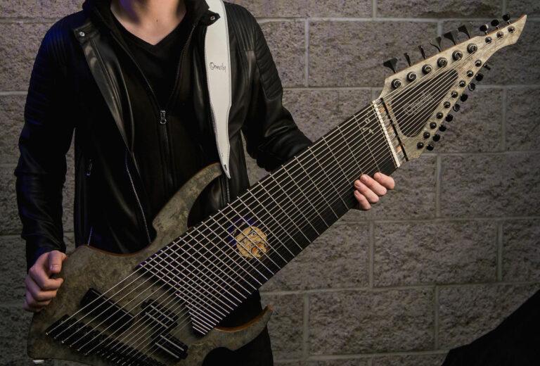 Guitarras modernas, extrañas, raras y custom