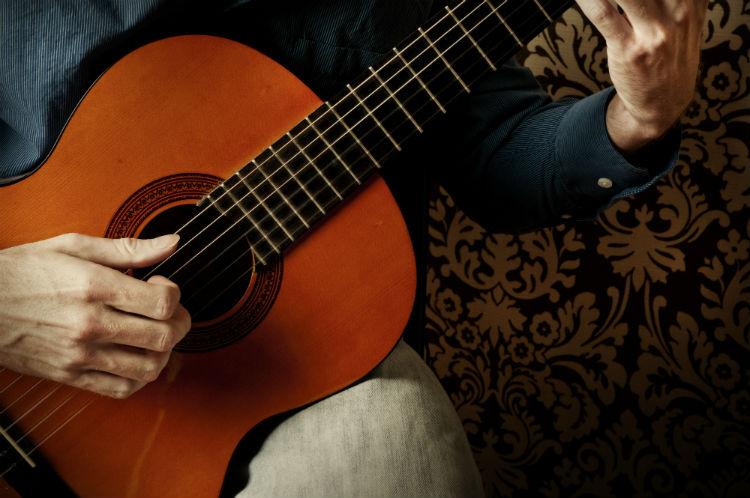 Guitarra clásica, española, criolla o flamenca