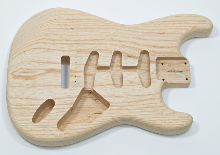 La madera de Aliso también es comunmente utilizada en los cuerpos de la stratocaster