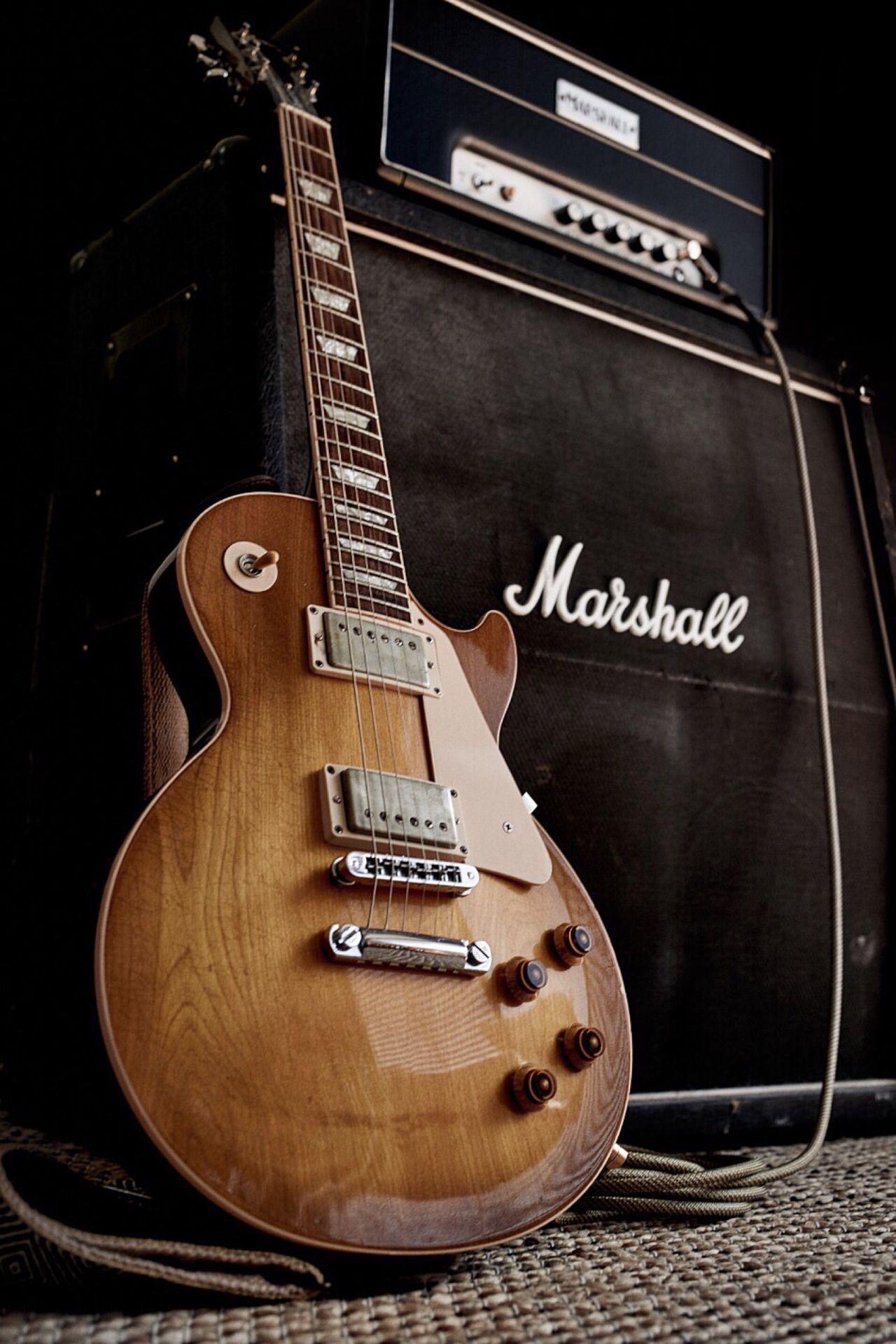 Guitarra Gibson Les Paul y amplificador Marshall - Fondo de pantalla